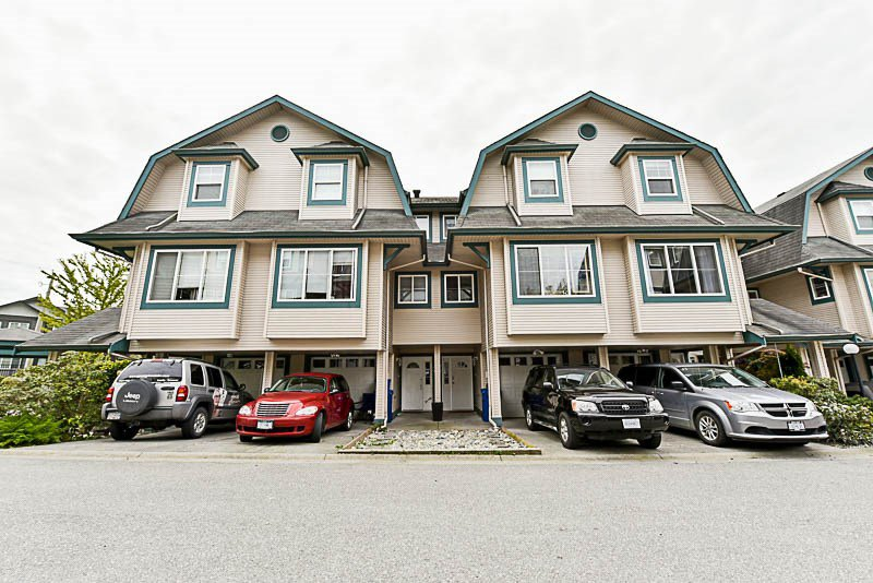 "Main Photo: 27 11165 GILKER HILL Road in Maple Ridge: Cottonwood MR Townhouse for sale in ""KANAKA CREEK ESTATES"" : MLS®# R2164449"