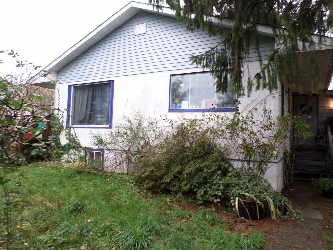 Main Photo: 7533 SHARPE Street in Mission: Mission BC House for sale : MLS®# R2223493