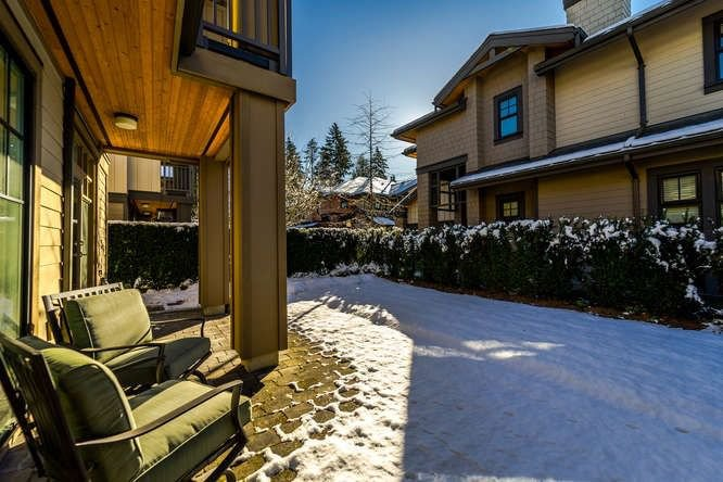 """Photo 11: Photos: 45 3639 ALDERCREST Drive in North Vancouver: Roche Point Townhouse for sale in """"SIGNATURE ESTATES @ RAVEN WOODS"""" : MLS®# R2241658"""