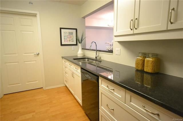 Photo 6: Photos: 609 500 Tache Avenue in Winnipeg: St Boniface Condominium for sale (2A)  : MLS®# 1811343