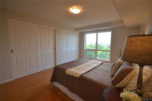 Photo 10: Photos: 609 500 Tache Avenue in Winnipeg: St Boniface Condominium for sale (2A)  : MLS®# 1811343
