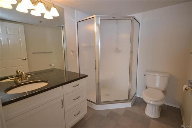 Photo 11: Photos: 609 500 Tache Avenue in Winnipeg: St Boniface Condominium for sale (2A)  : MLS®# 1811343