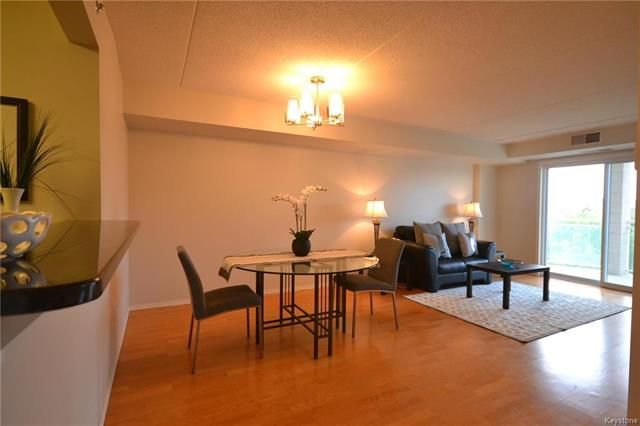 Photo 3: Photos: 609 500 Tache Avenue in Winnipeg: St Boniface Condominium for sale (2A)  : MLS®# 1811343