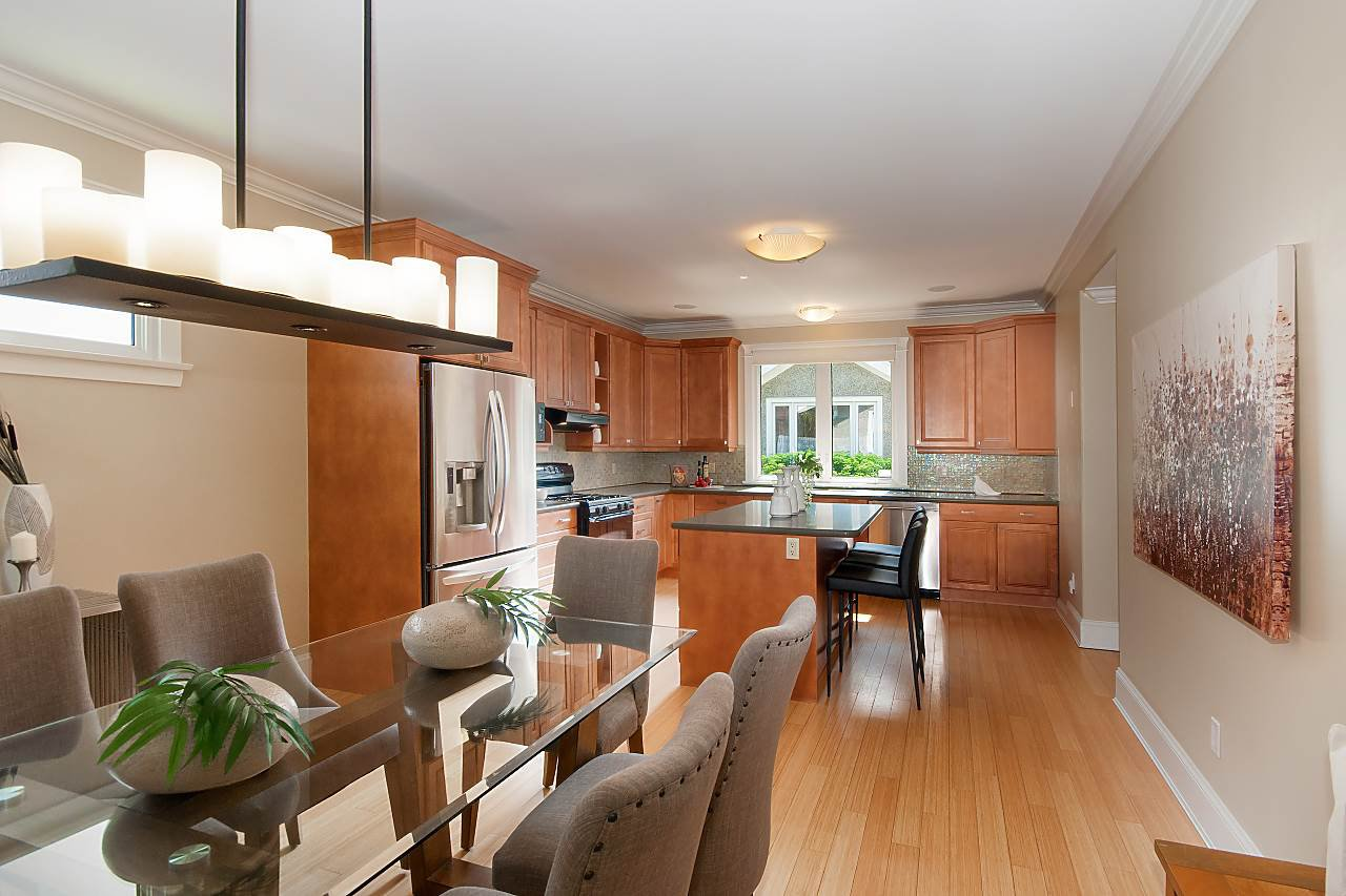 Photo 4: Photos: 3768 W BROADWAY in Vancouver: Point Grey House for sale (Vancouver West)  : MLS®# R2299828
