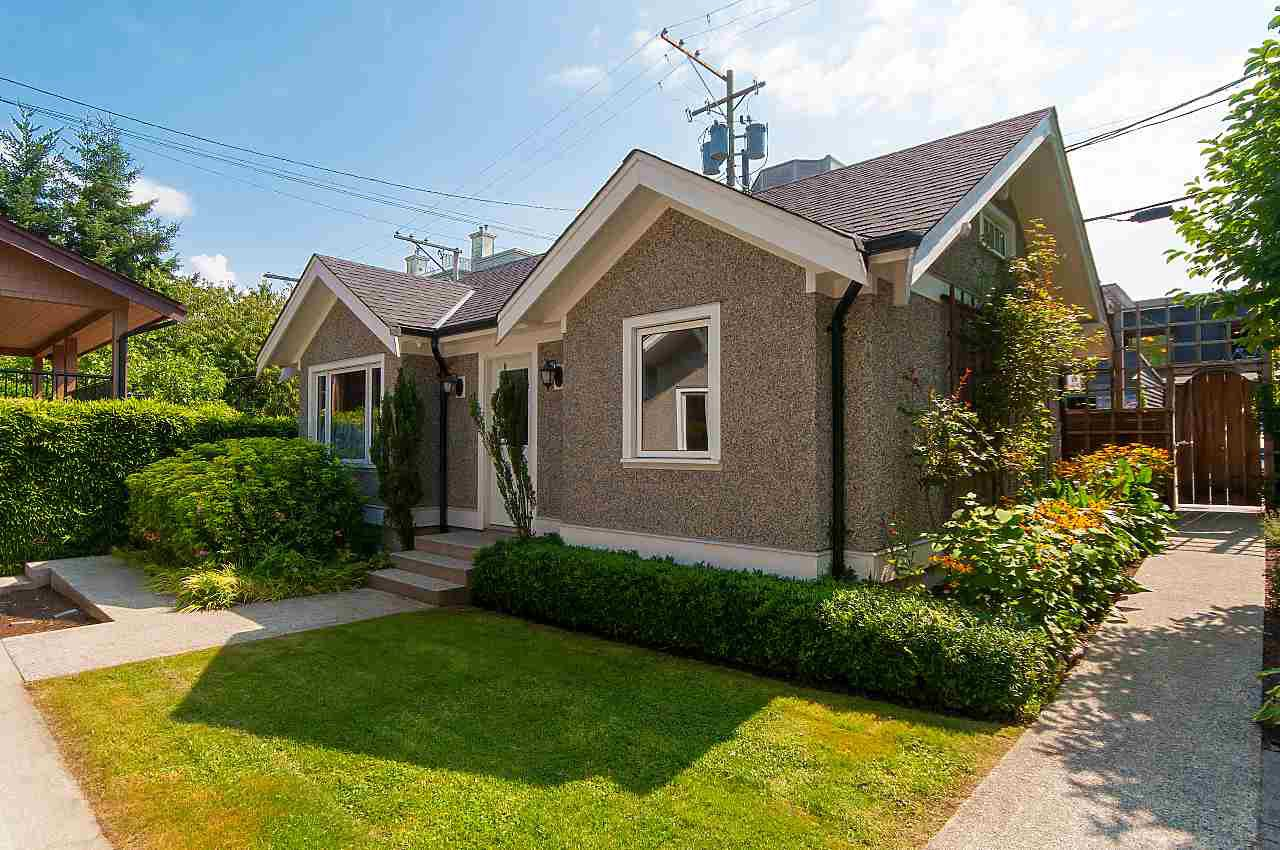Photo 19: Photos: 3768 W BROADWAY in Vancouver: Point Grey House for sale (Vancouver West)  : MLS®# R2299828