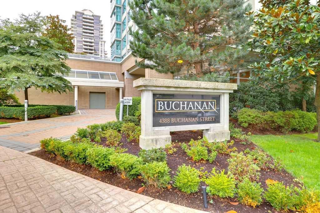 "Main Photo: 1801 4388 BUCHANAN Street in Burnaby: Brentwood Park Condo for sale in ""BUCHANAN WEST"" (Burnaby North)  : MLS®# R2306672"