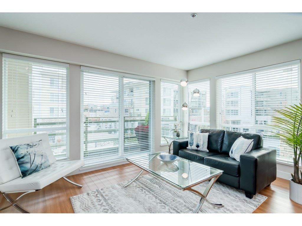 "Main Photo: 217 15765 CROYDON Drive in Surrey: Grandview Surrey Condo for sale in ""The Point, Morgan Crossing"" (South Surrey White Rock)  : MLS®# R2315053"