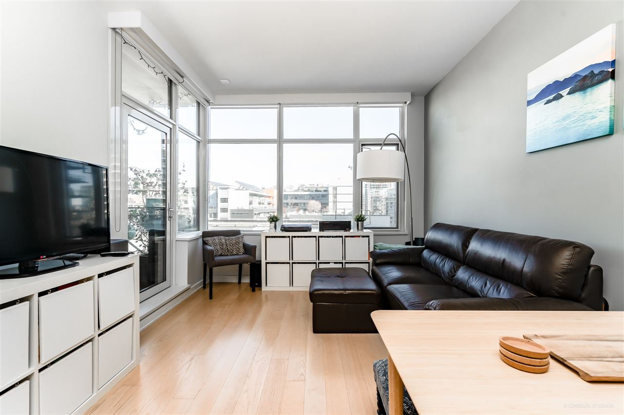 "Main Photo: 703 181 W 1ST Avenue in Vancouver: False Creek Condo for sale in ""BROOK"" (Vancouver West)  : MLS®# R2345420"