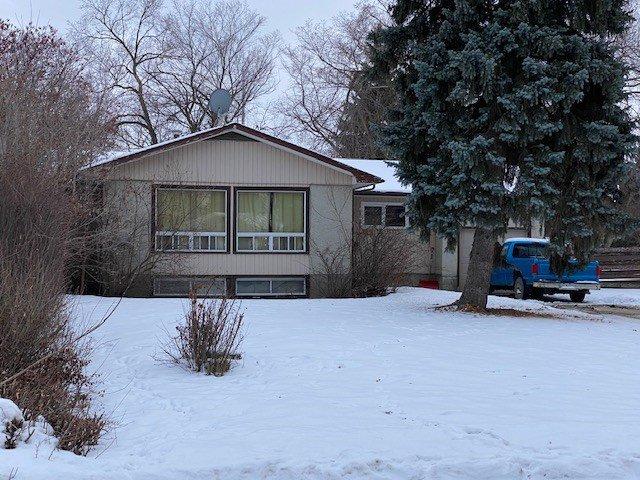 Main Photo: 110 Pine Street: Sherwood Park House for sale : MLS®# E4183662