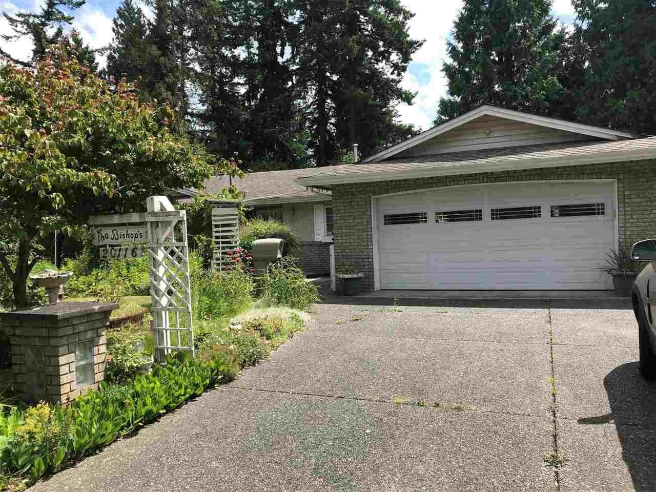 Main Photo: 20116 43 Avenue in Langley: Brookswood Langley House for sale : MLS®# R2475335