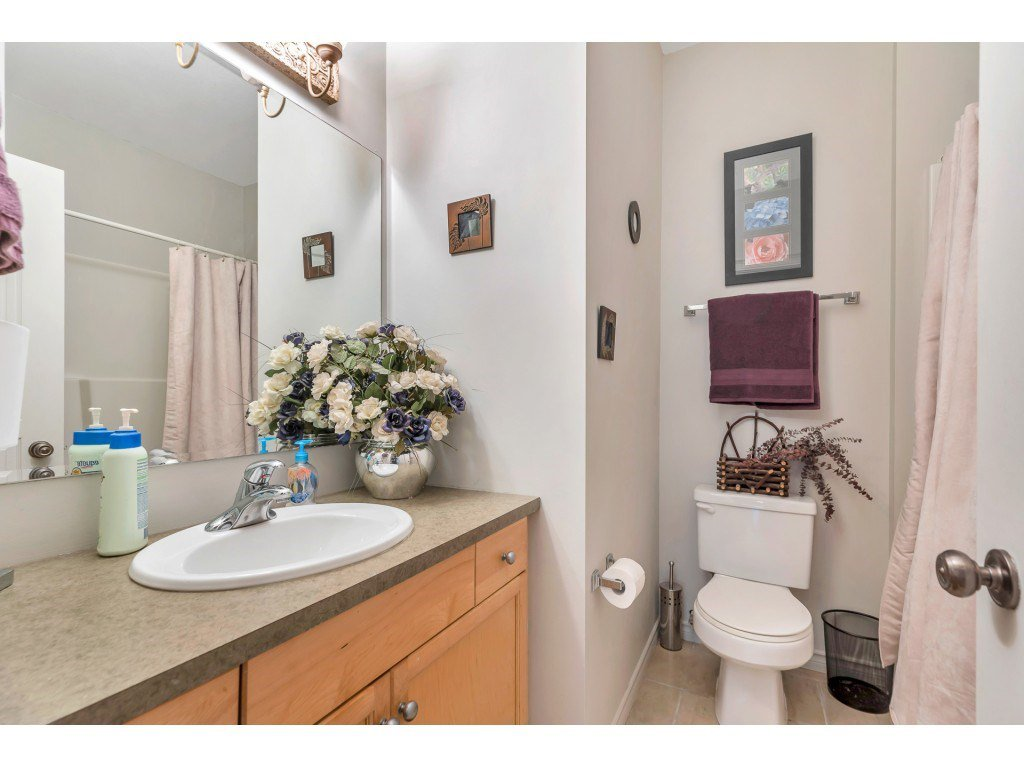 Photo 17: Photos: 35734 REGAL Parkway in Abbotsford: Abbotsford East House for sale : MLS®# R2504492
