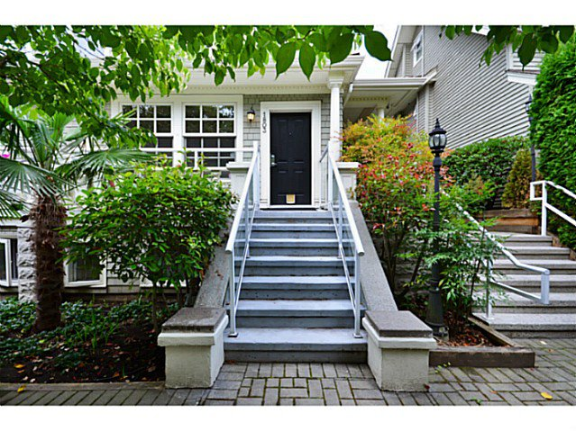"Main Photo: 1803 NAPIER Street in Vancouver: Grandview VE Townhouse for sale in ""Salsbury Heights"" (Vancouver East)  : MLS®# V1046669"