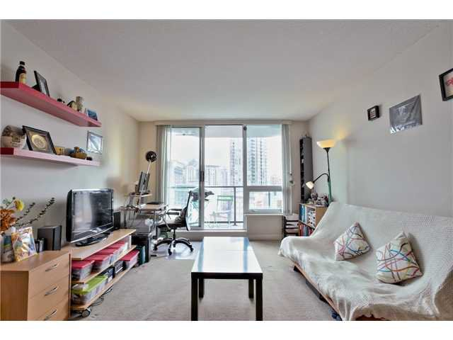 "Main Photo: 1001 1212 HOWE Street in Vancouver: Downtown VW Condo for sale in ""1212 HOWE"" (Vancouver West)  : MLS®# V1055279"