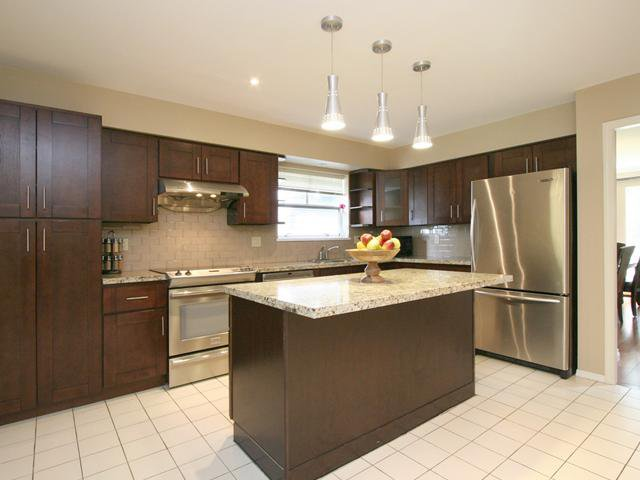 Photo 10: Photos: 3853 W 34TH Avenue in Vancouver: Dunbar House for sale (Vancouver West)  : MLS®# V1064258