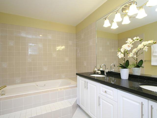 Photo 12: Photos: 3853 W 34TH Avenue in Vancouver: Dunbar House for sale (Vancouver West)  : MLS®# V1064258