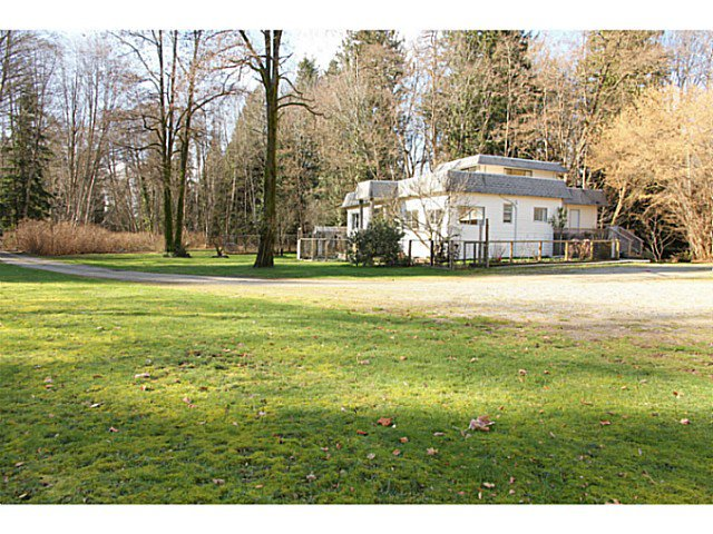 Main Photo: 684 HENRY Road in Gibsons: Gibsons & Area House for sale (Sunshine Coast)  : MLS®# V1106105