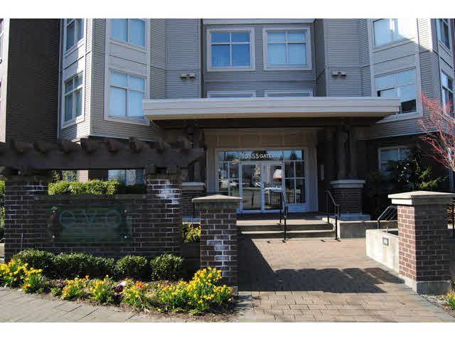 "Main Photo: 214 13555 GATEWAY Drive in Surrey: Whalley Condo for sale in ""EVO"" (North Surrey)  : MLS®# F1433649"