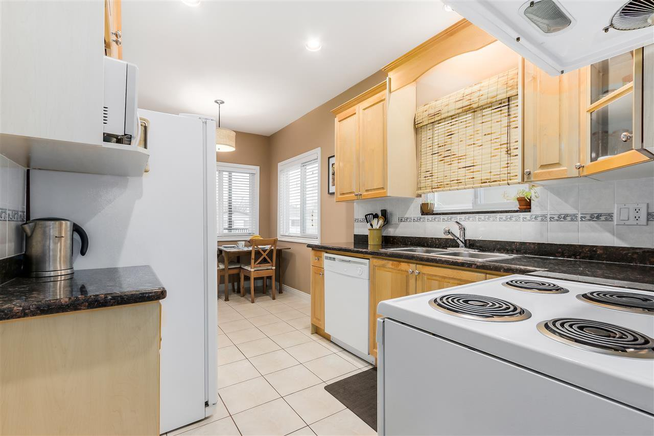 Photo 8: Photos: 4835 CULLODEN Street in Vancouver: Knight House for sale (Vancouver East)  : MLS®# R2019498