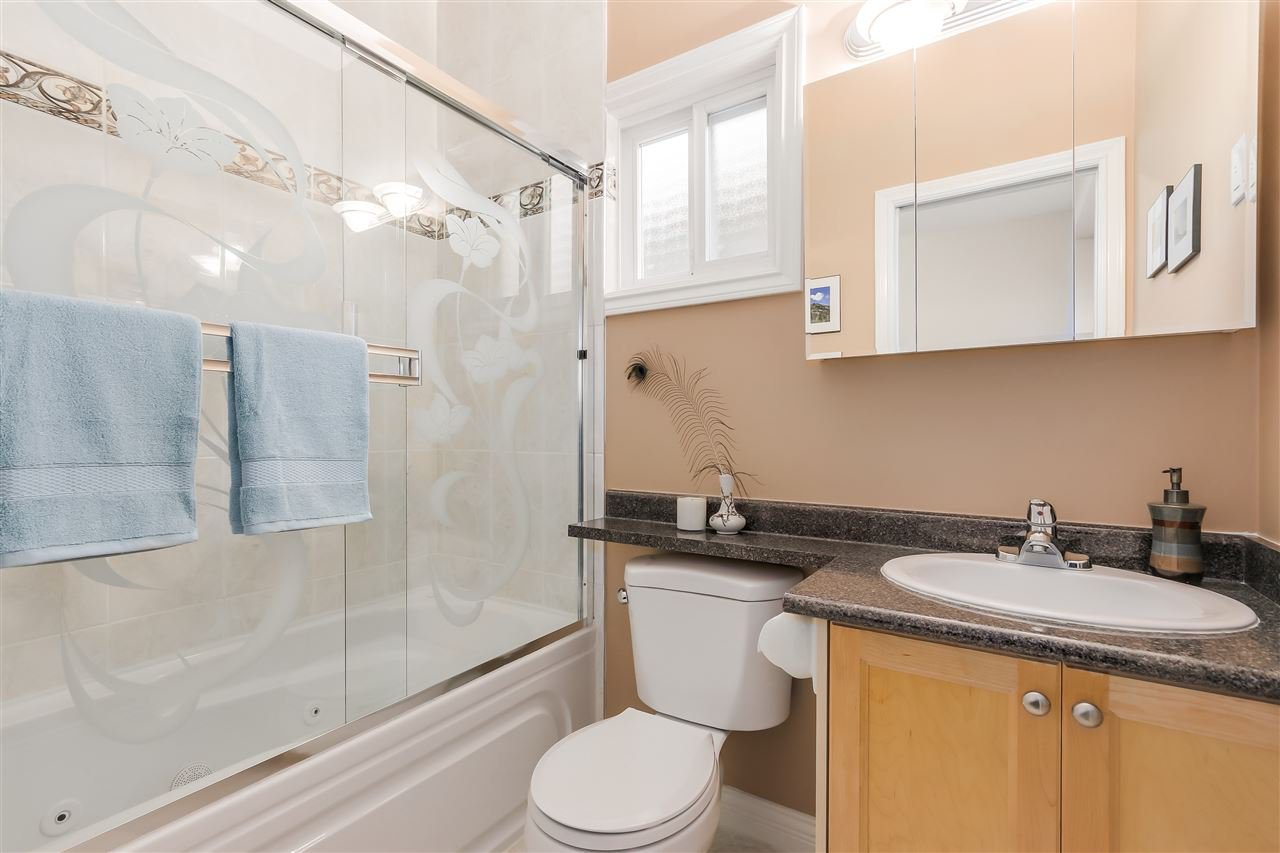 Photo 13: Photos: 4835 CULLODEN Street in Vancouver: Knight House for sale (Vancouver East)  : MLS®# R2019498