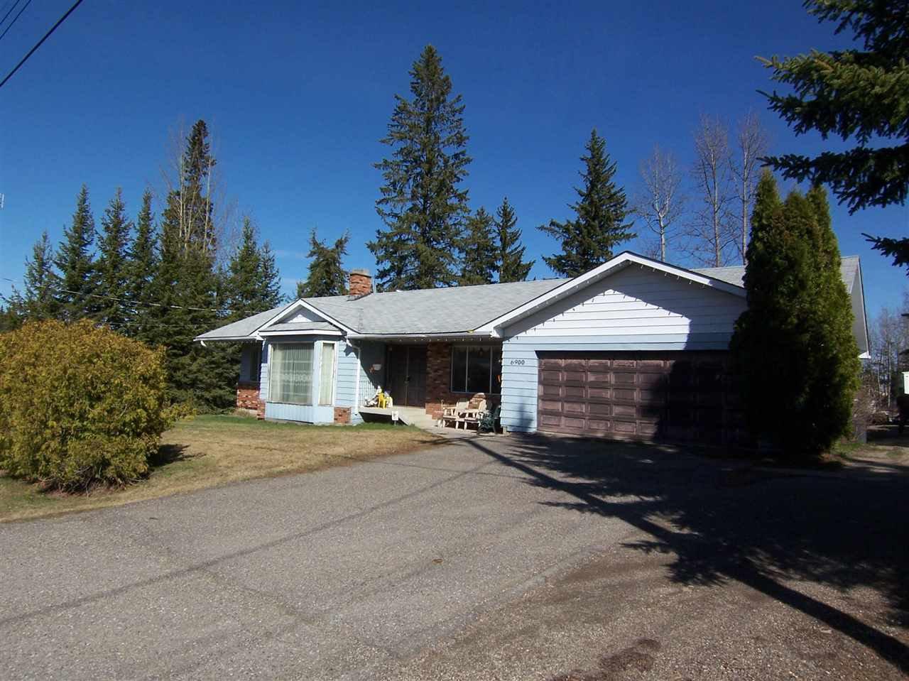 "Main Photo: 6900 ALDEEN Road in Prince George: Lafreniere House for sale in ""LAFRENIERE"" (PG City South (Zone 74))  : MLS®# R2055071"