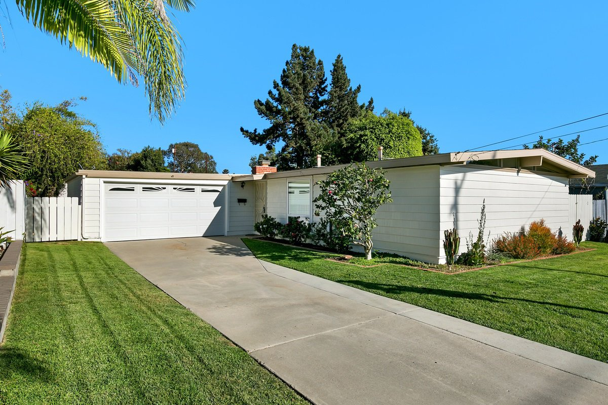 Main Photo: BAY PARK House for sale : 3 bedrooms : 3149 Denver Street in San Diego