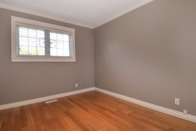 Photo 12: Photos: 104 HARVEY Street in New Westminster: The Heights NW House for sale : MLS®# R2124732
