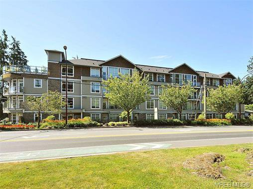 Main Photo: 201 611 Goldstream Ave in VICTORIA: La Fairway Condo for sale (Langford)  : MLS®# 753485