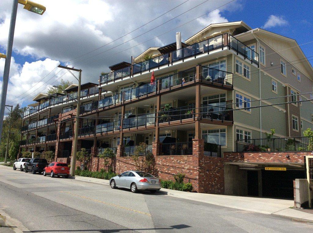 Photo 1: Photos: 311-22327 River Rd in Maple Ridge: Condo for rent