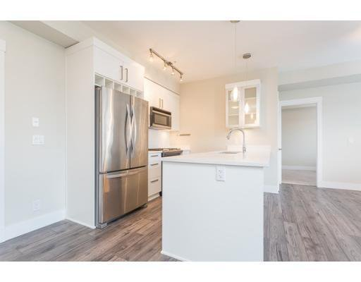 Photo 4: Photos: 311-22327 River Rd in Maple Ridge: Condo for rent