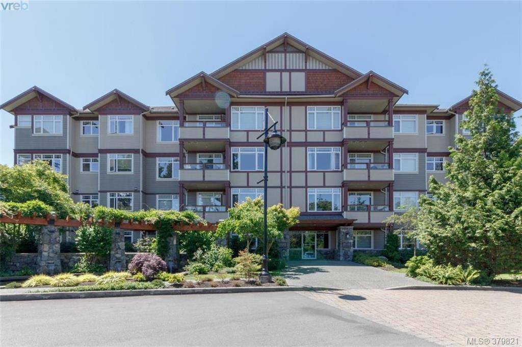 Main Photo: 401E 1115 Craigflower Rd in VICTORIA: Es Gorge Vale Condo Apartment for sale (Esquimalt)  : MLS®# 762922