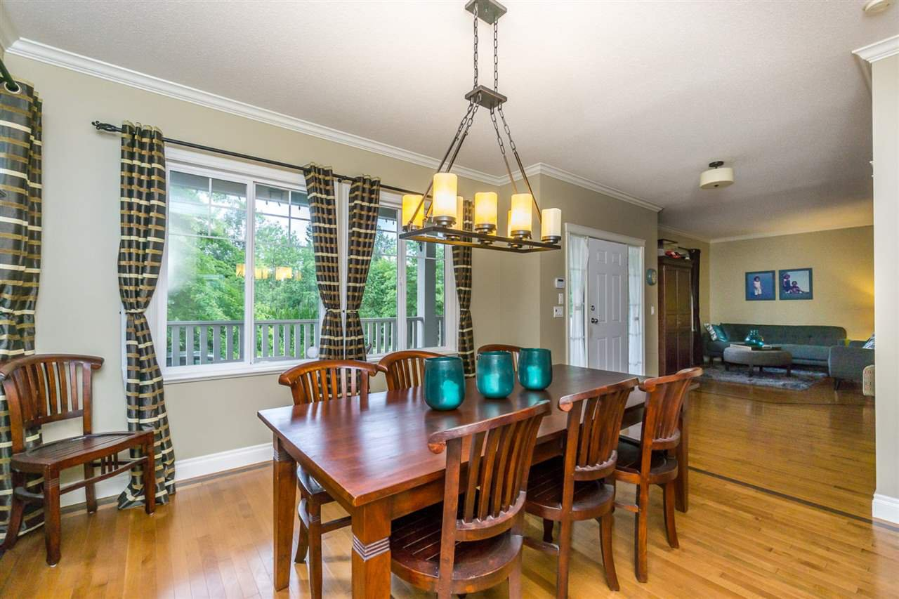 """Photo 4: Photos: 4382 BLAUSON Boulevard in Abbotsford: Abbotsford East House for sale in """"Auguston"""" : MLS®# R2191722"""