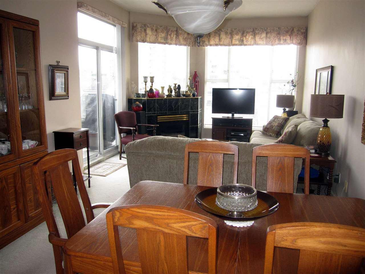 "Photo 4: Photos: 411 12155 191B Street in Pitt Meadows: Central Meadows Condo for sale in ""EDGEPARK MANOR"" : MLS®# R2242064"