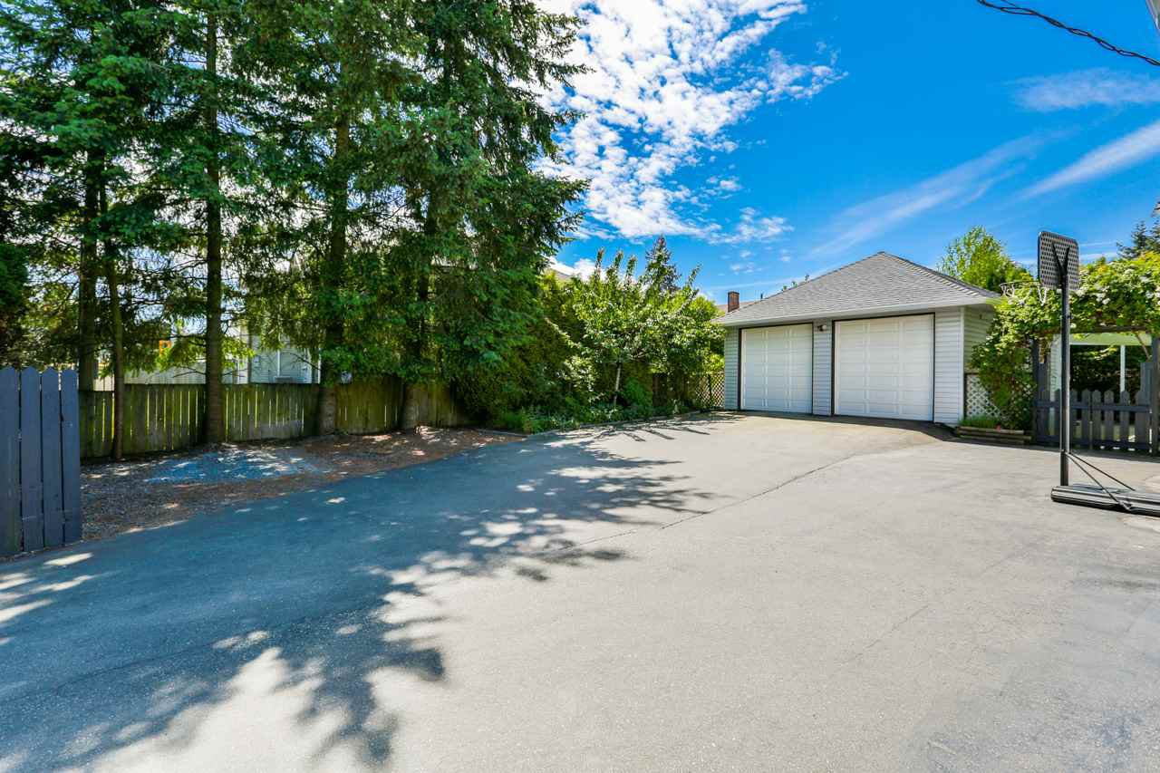Main Photo: 2025 156 Street in Surrey: King George Corridor House for sale (South Surrey White Rock)  : MLS®# R2305334