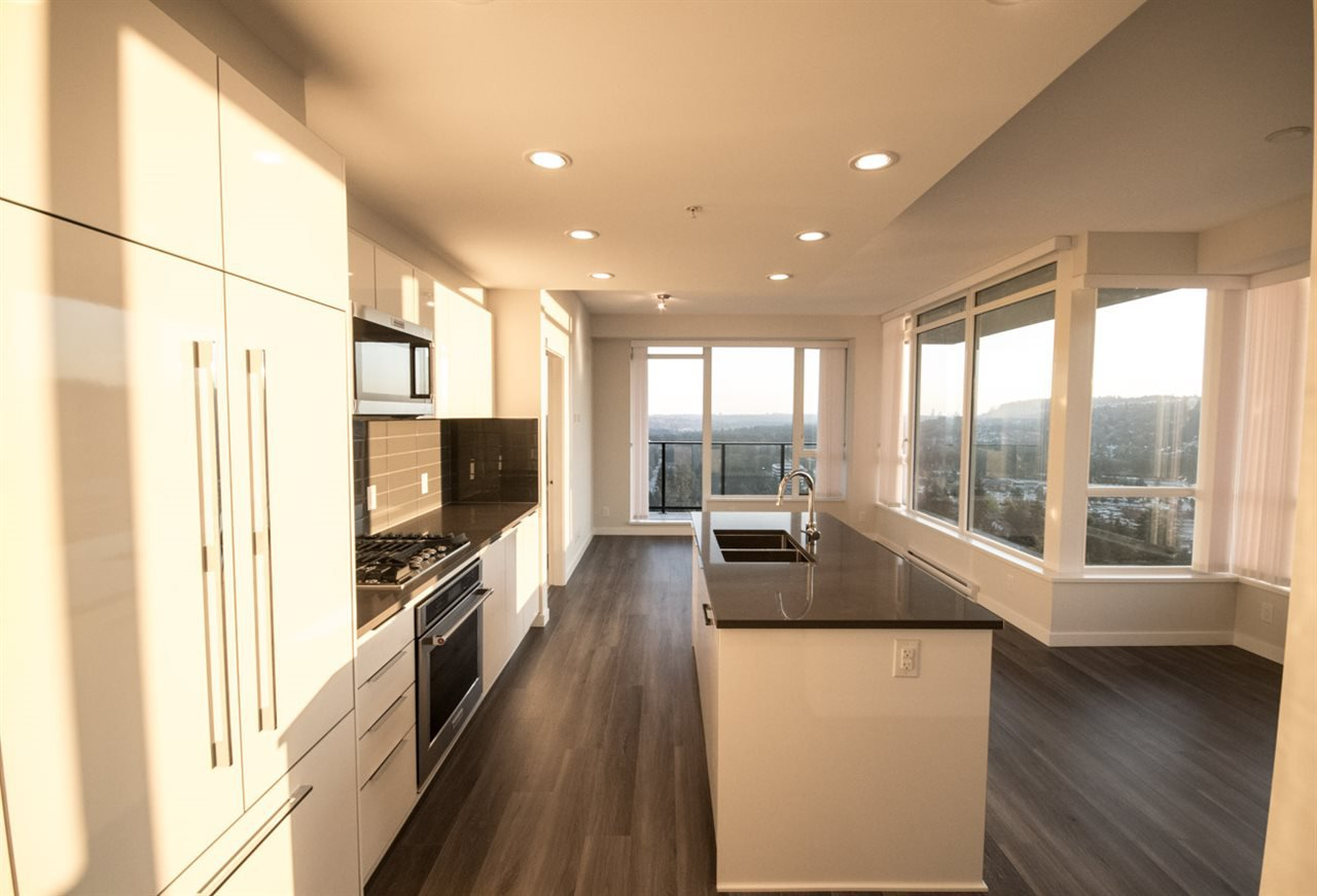 """Photo 5: Photos: 2403 3100 WINDSOR Gate in Coquitlam: New Horizons Condo for sale in """"LLOYD"""" : MLS®# R2311925"""