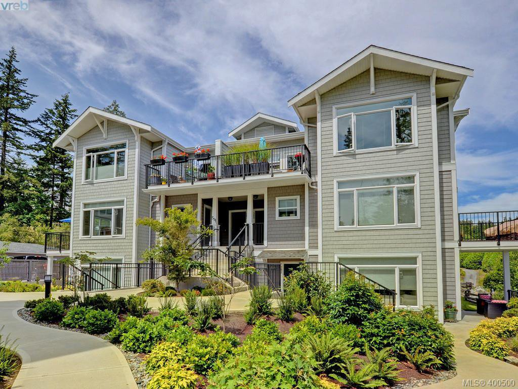 Main Photo: 203 591 Latoria Road in VICTORIA: Co Olympic View Condo Apartment for sale (Colwood)  : MLS®# 400500