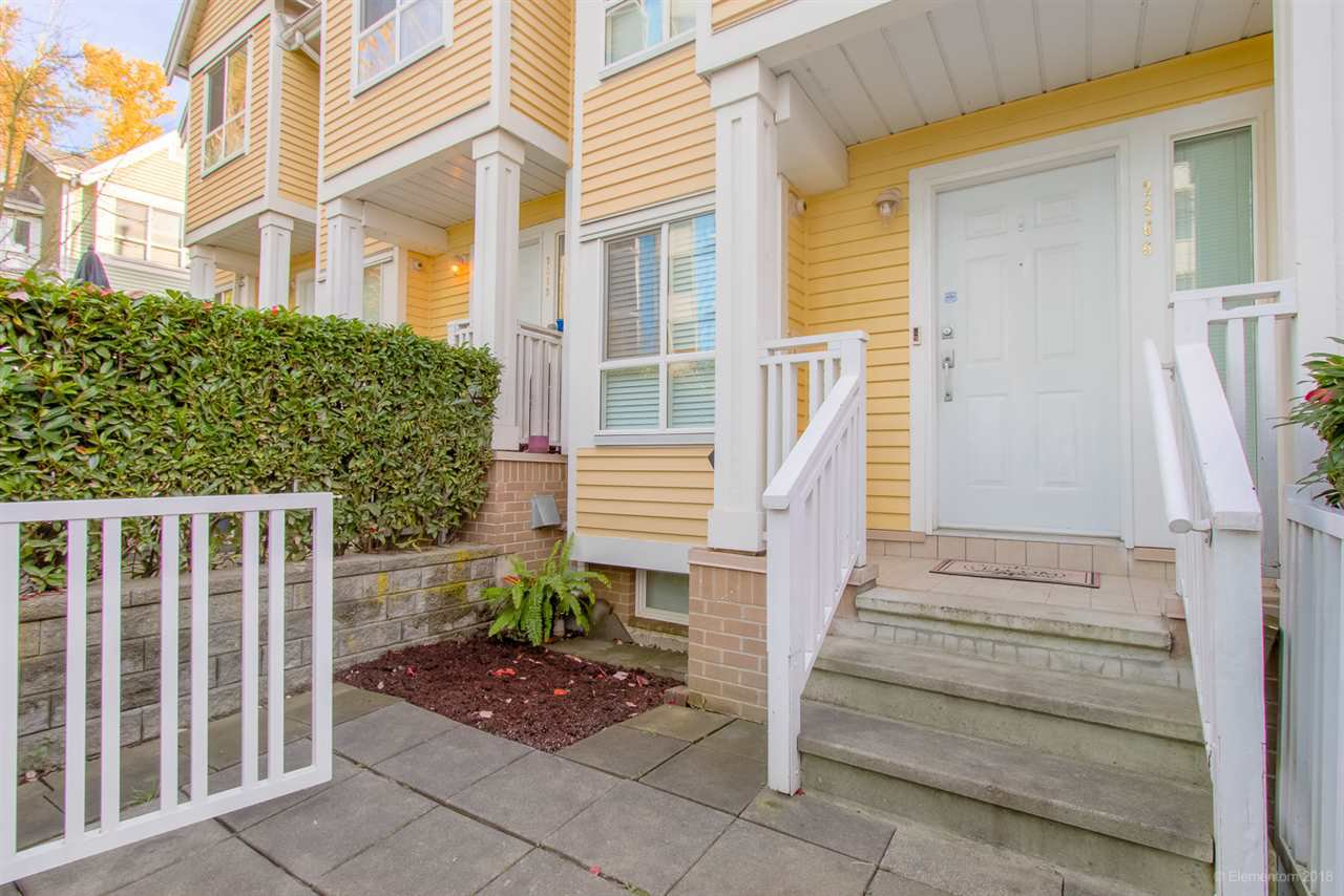 "Main Photo: 2866 SOTAO Avenue in Vancouver: Fraserview VE Townhouse for sale in ""FRASERVIEW TERRACE"" (Vancouver East)  : MLS®# R2346339"