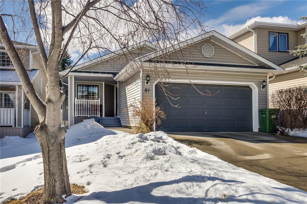 Main Photo: 87 MACEWAN PARK Circle NW in Calgary: MacEwan Glen Detached for sale : MLS®# C4233522