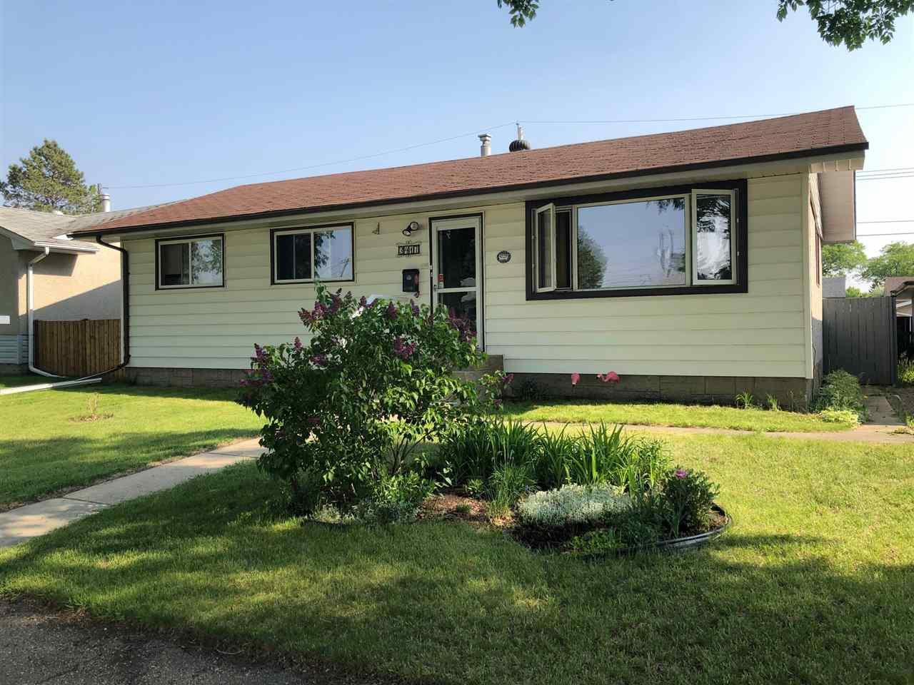 Main Photo: 3417 120A Avenue in Edmonton: Zone 23 House for sale : MLS®# E4162749