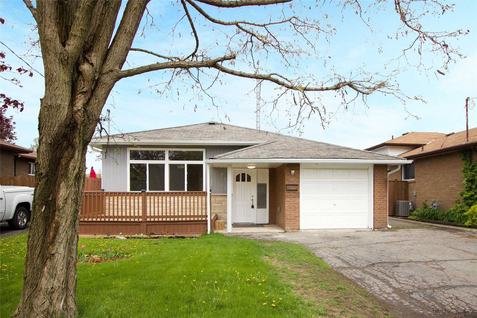 Main Photo: 499 S Wilson Road in Oshawa: Donevan House (Bungalow) for sale : MLS®# E4496817
