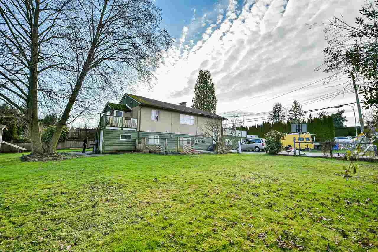 Main Photo: 15614 20 Avenue in Surrey: King George Corridor House for sale (South Surrey White Rock)  : MLS®# R2488024