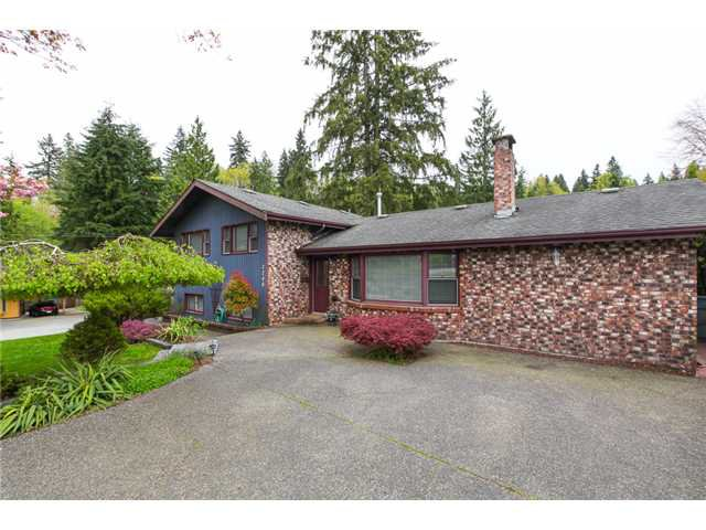 Main Photo: 2240 BROOKMOUNT Avenue in Coquitlam: Chineside House for sale : MLS®# V1003098