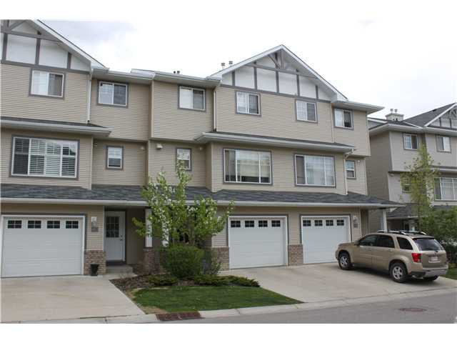 Main Photo: 82 CRYSTAL SHORES Cove: Okotoks Townhouse for sale : MLS®# C3619888