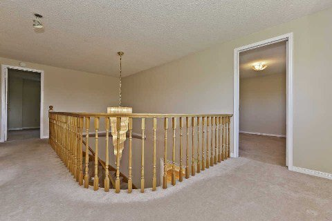Photo 7: Photos: 17 Oakington Place in Mississauga: Streetsville House (2-Storey) for sale : MLS®# W3041030