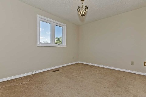 Photo 10: Photos: 17 Oakington Place in Mississauga: Streetsville House (2-Storey) for sale : MLS®# W3041030