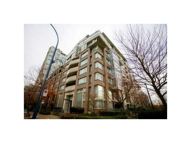 """Photo 8: Photos: 902 1288 MARINASIDE Crescent in Vancouver: Yaletown Condo for sale in """"CRESTMARK"""" (Vancouver West)  : MLS®# V1138811"""