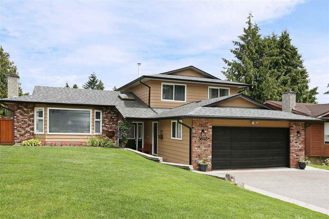 Main Photo: 5848 170A Street in Surrey: Cloverdale BC House for sale (Cloverdale)  : MLS®# R2092967