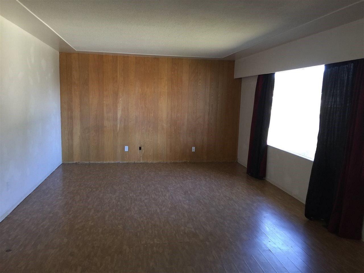 Photo 4: Photos: 9519 105 Avenue: Fort St. John - City NE House for sale (Fort St. John (Zone 60))  : MLS®# R2101318