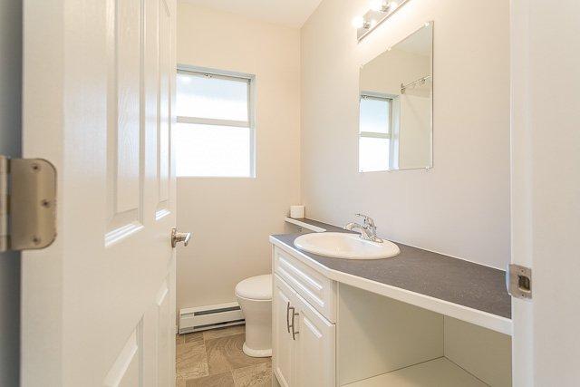 Photo 13: Photos: 20561 BATTLE Avenue in Maple Ridge: Southwest Maple Ridge House for sale : MLS®# R2139958
