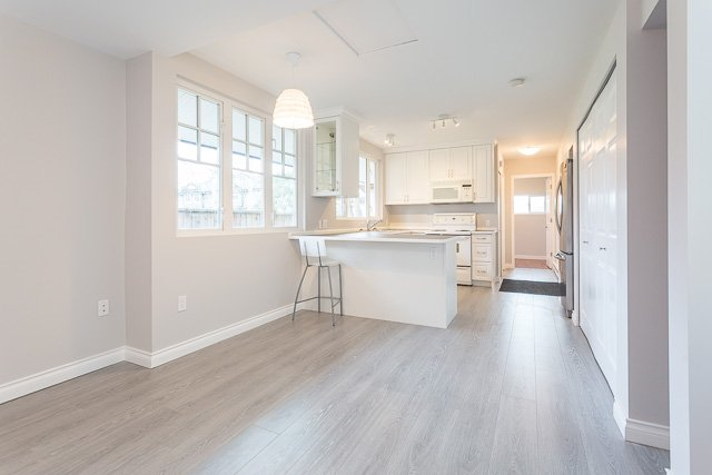 Photo 7: Photos: 20561 BATTLE Avenue in Maple Ridge: Southwest Maple Ridge House for sale : MLS®# R2139958