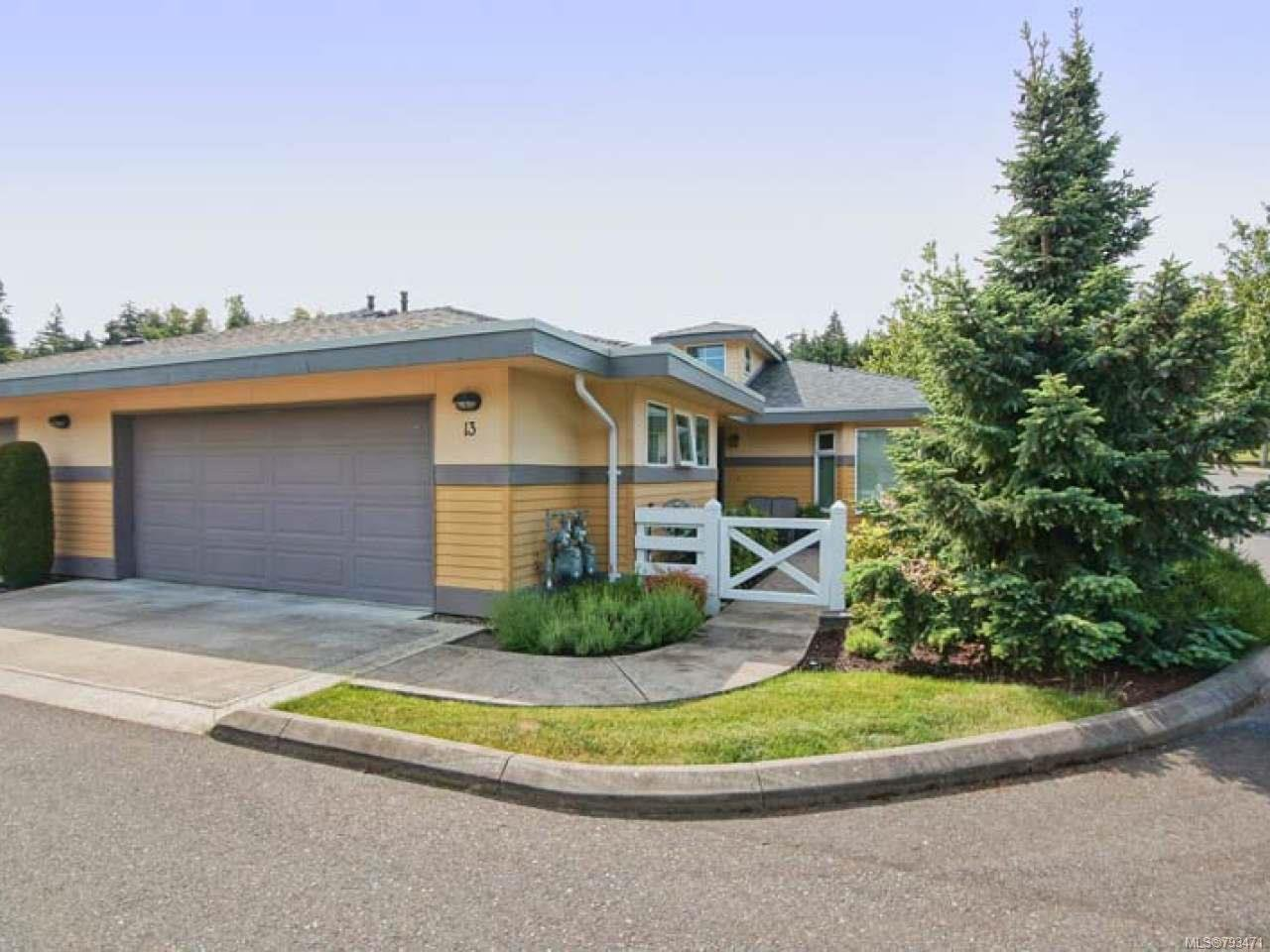 Main Photo: 13 500 CORFIELD STREET in PARKSVILLE: PQ Parksville Row/Townhouse for sale (Parksville/Qualicum)  : MLS®# 793471